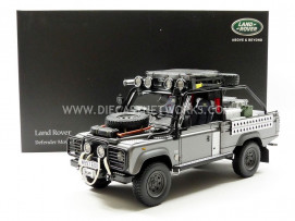 LAND ROVER DEFENDER MOVIE EDITION - LARA CROFT